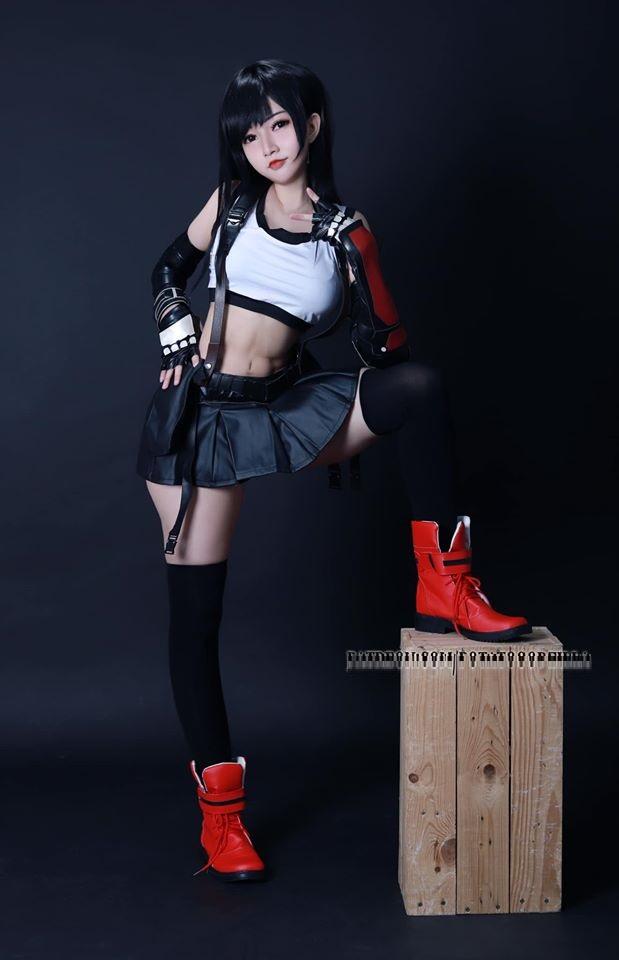 Ngắm nữ game thủ Việt cực xinh khi cosplay Tifa, đã thế còn là CTer chính hiệu - Ảnh 2.