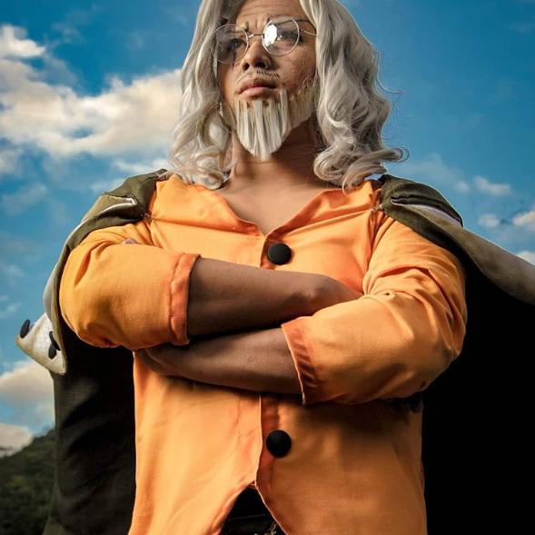 One Piece: 10 phiên bản cosplay Vua Bóng Tối Silvers Rayleigh như bước ra từ anime - Ảnh 6.