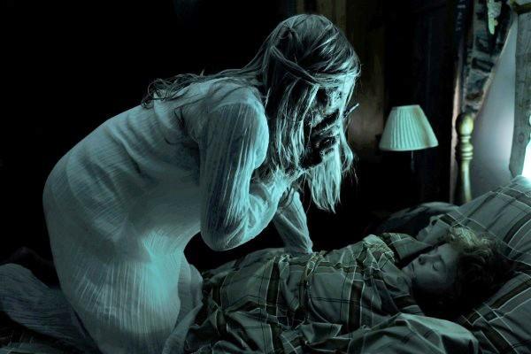 Bà đồng Lin Shaye của Insidious tái xuất trong siêu phẩm kinh dị Bẫy Linh Hồn - Ảnh 3.