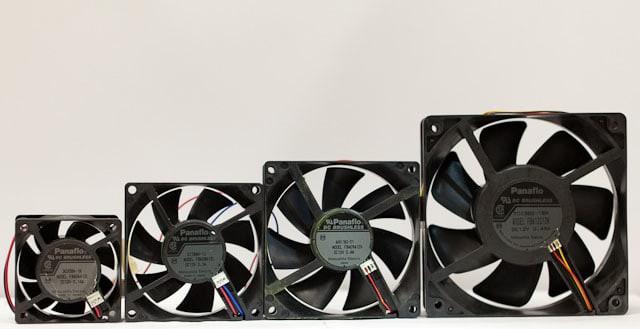 Sử dụng và lắp quạt tản nhiệt thế nào để làm mát máy tính trong mùa hè nóng nực? - Ảnh 2.