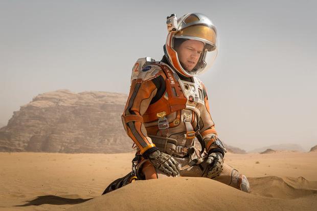 13 phim sinh tồn chứng minh sức sống mạnh mẽ của con người: Từ vật nhau với hổ đến kẹt trên Sao Hỏa - Ảnh 4.