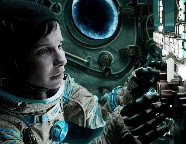 13 phim sinh tồn chứng minh sức sống mạnh mẽ của con người: Từ vật nhau với hổ đến kẹt trên Sao Hỏa - Ảnh 8.