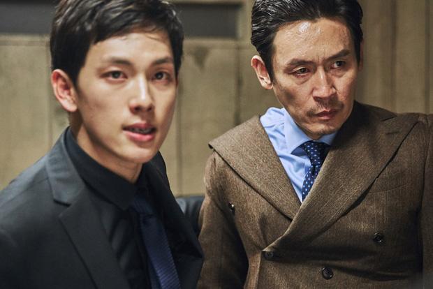 5 ông trùm xã hội đen khuynh đảo điện ảnh Hàn: Từ trùm đa cấp tỉ đô Lee Byung Hun tới tay buôn vũ khí khét tiếng Hyun Bin đều có đủ - Ảnh 5.