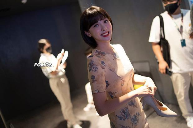 LCK Mùa Hè 2020 càng thêm nóng với sự góp mặt của 2 MC thiên thần bên cạnh Kim Min-Ah - Ảnh 3.