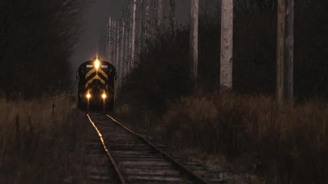 Những chuyến tàu ma nổi tiếng trong lịch sử khiến loài người khiếp sợ - Ảnh 2.