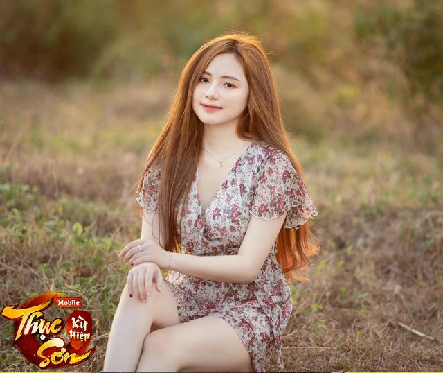 Dùng FaceApp để chụp ảnh, nữ game thủ đăng loạt hình xinh tựa thiên thần nhưng 500 anh em nhất định không tin - Ảnh 9.