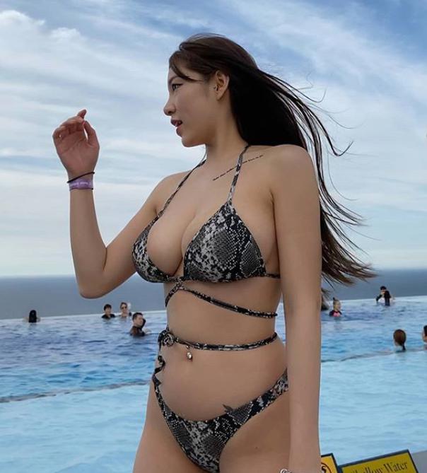 Mỹ nhân sở hữu bộ ngực căng tràn hiếm khi dùng FB, bức xúc vì bị mạo danh trên MXH - Ảnh 4.