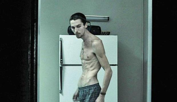 12 màn hành xác của diễn viên vì vai diễn: Sống khổ sở như người vô gia cư, mấy lần ra vào cửa tử - Ảnh 10.