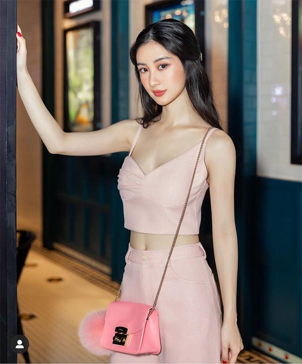 Minh tinh quyến rũ nhất Việt Nam liên tục thay đổi phong cách thời trang khiến fan phát sốt - Ảnh 6.