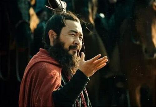 Tam quốc diễn nghĩa: Thừa năng lực soán Hán xưng đế song tại sao Tào Tháo vẫn nhẫn nhịn? - Ảnh 2.