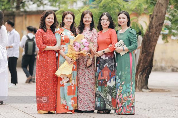 Xuất hiện ngôi trường đánh bại Phan Đình Phùng, Ams, Chu Văn An... vì dàn nữ sinh quá xuất sắc trong lễ bế giảng 2020 - Ảnh 10.
