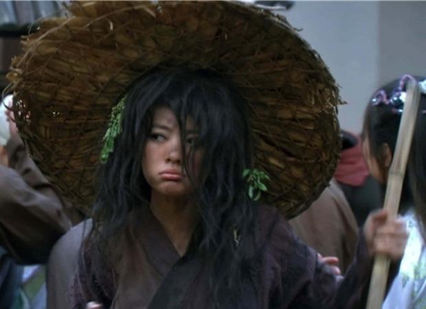 Khi sao Cbiz thử sức với tạo hình cái bang: Angela Baby vẫn siêu xinh, Lưu Hạo Nhiên - Trần Phi Vũ thì ba má nhận không ra - Ảnh 5.