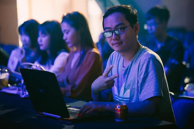 Liên Quân Mobile: Giám đốc Team Flash Phương Top từ chức, fan ngỡ ngàng không hiểu chuyện gì xảy ra - Ảnh 3.