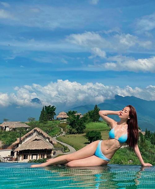 Chi Pu khoe vóc dáng gợi cảm khi diện bikini xanh táo bạo khiến dân mạng trầm trồ - Ảnh 1.