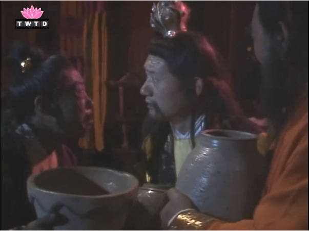 Bí ẩn Tây Du Ký: Tôn Ngộ Không từng xui Bát Giới vứt tượng Tam Thanh vào... hố xí, tạm xơi đồ thối, trở thành thum thủm tiên sinh - Ảnh 6.