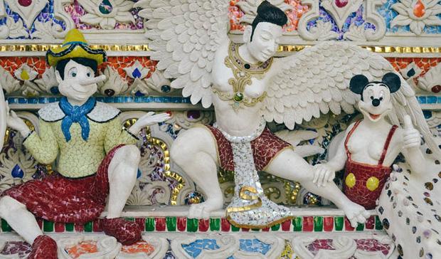 Ngôi chùa Thái Lan có tượng David Beckham và Pikachu đặt dưới bệ thờ - Ảnh 15.