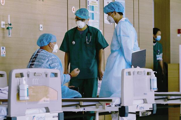 Phát hiện thêm 2 ca mắc COVID-19 tại Đà Nẵng và Quảng Ngãi - Ảnh 1.