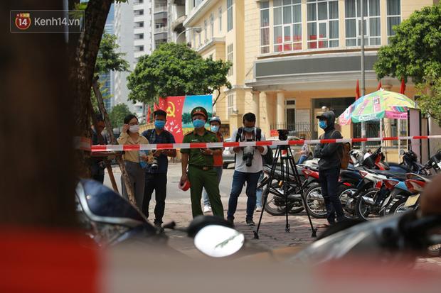 Phó Thủ tướng Trịnh Đình Dũng: Ca bệnh Covid-19 ở Hà Nội đã đi du lịch Đà Nẵng cùng 32 người - Ảnh 2.