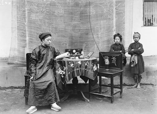 Khám phá quy tắc đặt tên 'nam Văn nữ Thị' của người Việt - Ảnh 2.