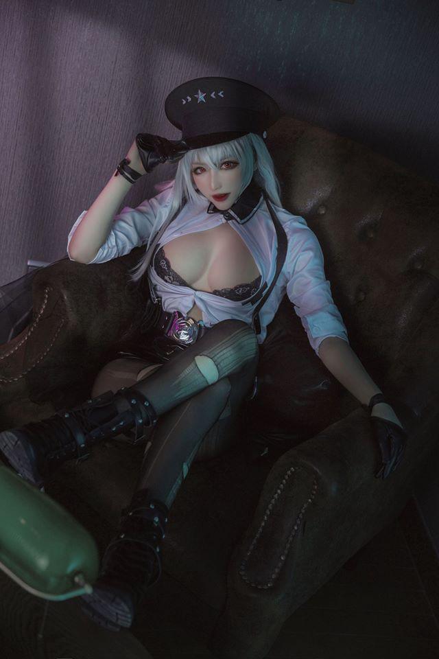 Cosplay Gangut trong Azur Lane sexy đến nghẹt thở khiến anh em dễ bị trúng bùa yêu - Ảnh 3.