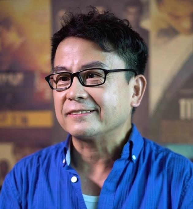 Đời tư ít biết về diễn viên nhỏ con từng hợp tác với Châu Tinh Trì trong phim Trường học Uy Long - Ảnh 1.