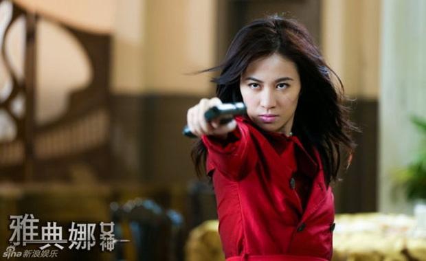 9 mỹ nhân hóa sát thủ siêu ngầu trên phim Trung: Chương Tử Di khí chất ngời ngời, Lưu Diệc Phi hứng trọn gạch đá - Ảnh 3.
