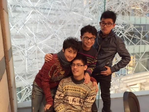 Đời tư ít biết về diễn viên nhỏ con từng hợp tác với Châu Tinh Trì trong phim Trường học Uy Long - Ảnh 4.