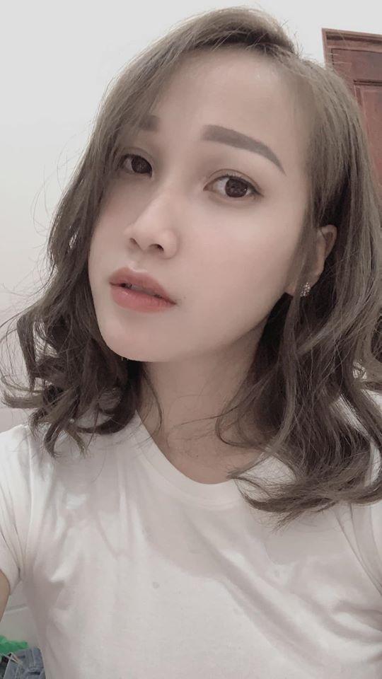 Góc mlem: Hot girl Thục Sơn thế hệ Z khoe ảnh, check in sexy điên đảo sau 1 đêm khiến 500 anh em không kịp đỡ - Ảnh 2.