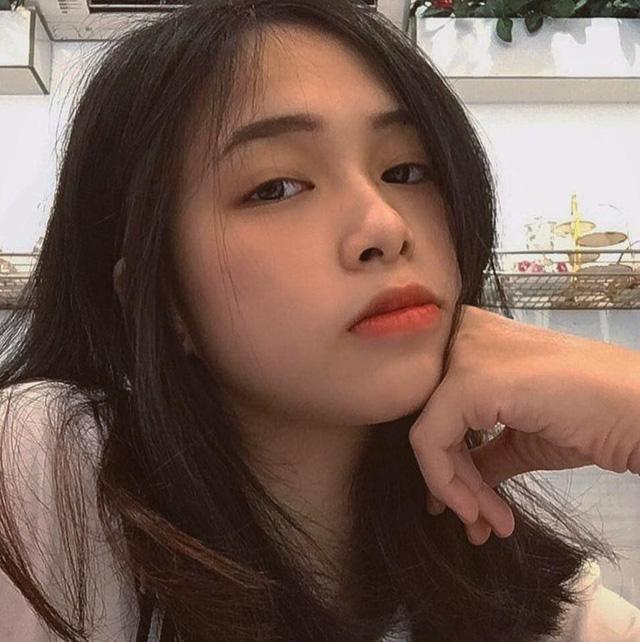 Góc mlem: Hot girl Thục Sơn thế hệ Z khoe ảnh, check in sexy điên đảo sau 1 đêm khiến 500 anh em không kịp đỡ - Ảnh 5.