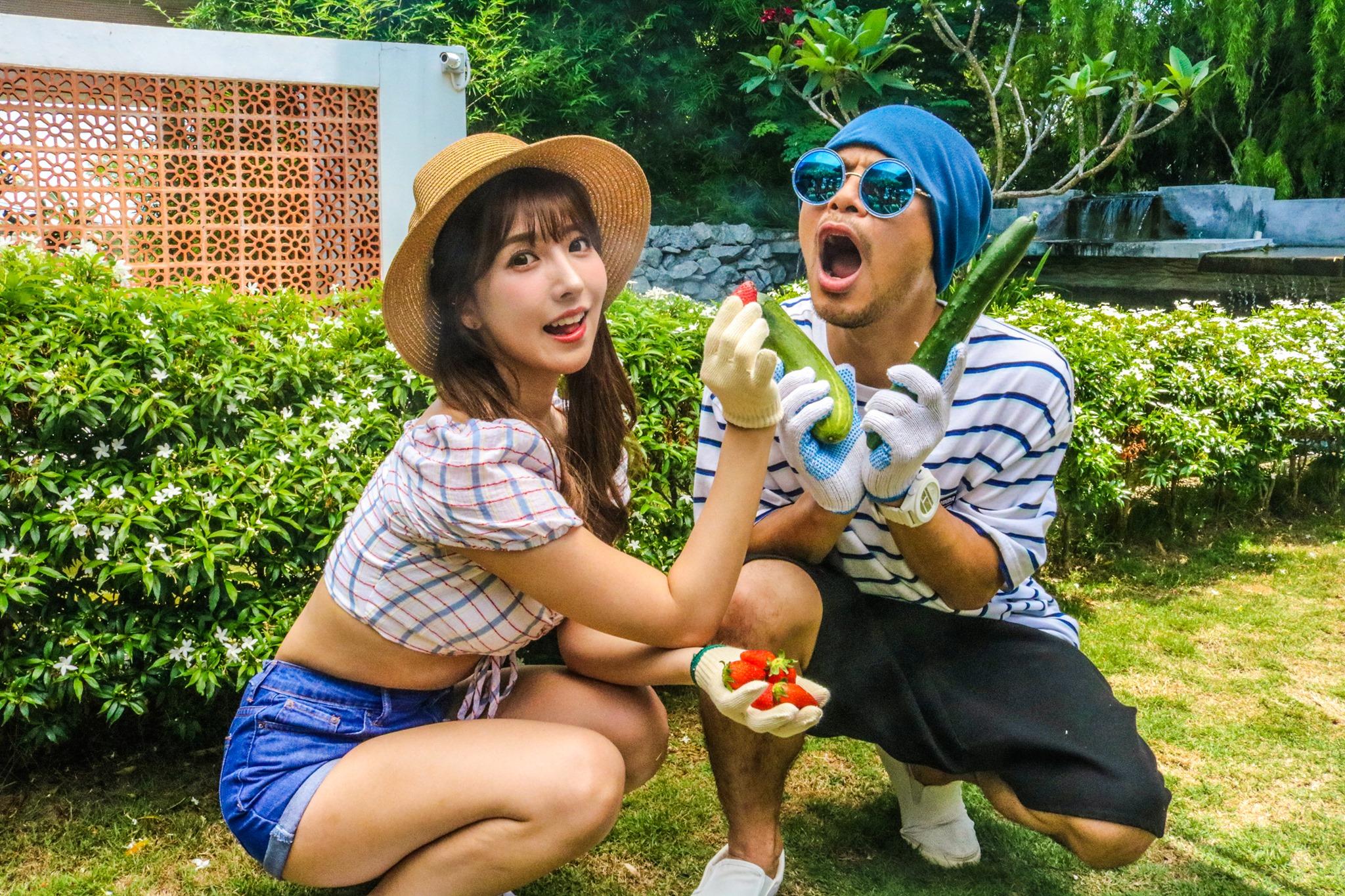 ''Cô Yua vlog'' tái xuất với clip mới, khoe hành trình làm MV tại Malaysia