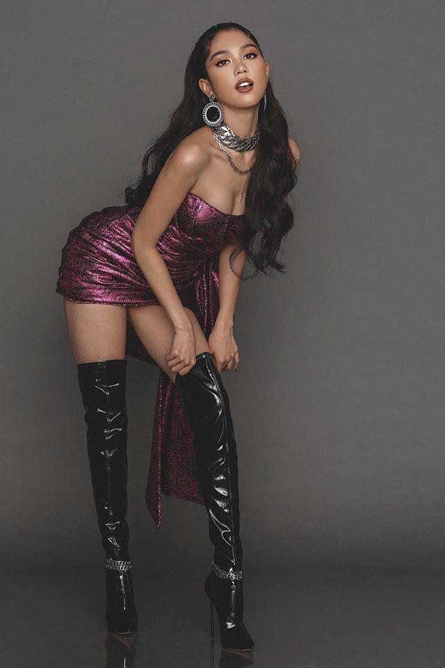 Ngọc Trinh sở hữu vòng ngực magic nhất Showbiz, khi căng phồng khi lại bốc hơi sạch sành sanh - Ảnh 5.