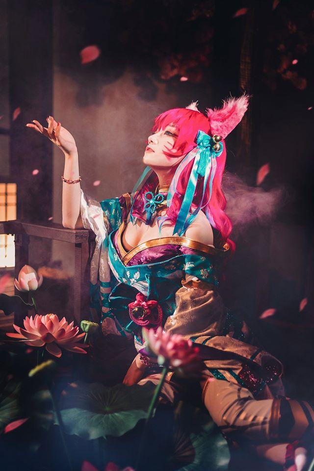 Cosplay Ahri Chiêu Hồn Thiên Hồ nóng hơn bản gốc, nữ cosplayer Hàn Quốc khiến dân tình bấn loạn - Ảnh 7.