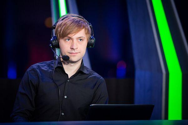 BLV DOTA 2 Yaroslav 'NS' Kuznetsov: 'Faker nên sớm giải nghệ nếu không muốn trở thành 'trò cười' như Dendi'