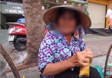 """Quay clip giúp người phụ nữ bán chè ở lề đường, YouTuber bị đòi tiền phí 2 triệu """"nếu muốn quay thoải mái"""" khiến nhiều người choáng váng - Ảnh 3."""