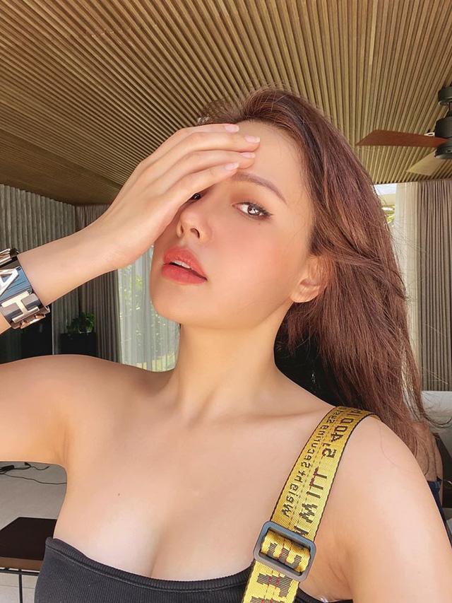 Nhan sắc Phanh Lee ngày càng quyến rũ sau đám cưới với bạn trai doanh nhân - Ảnh 3.