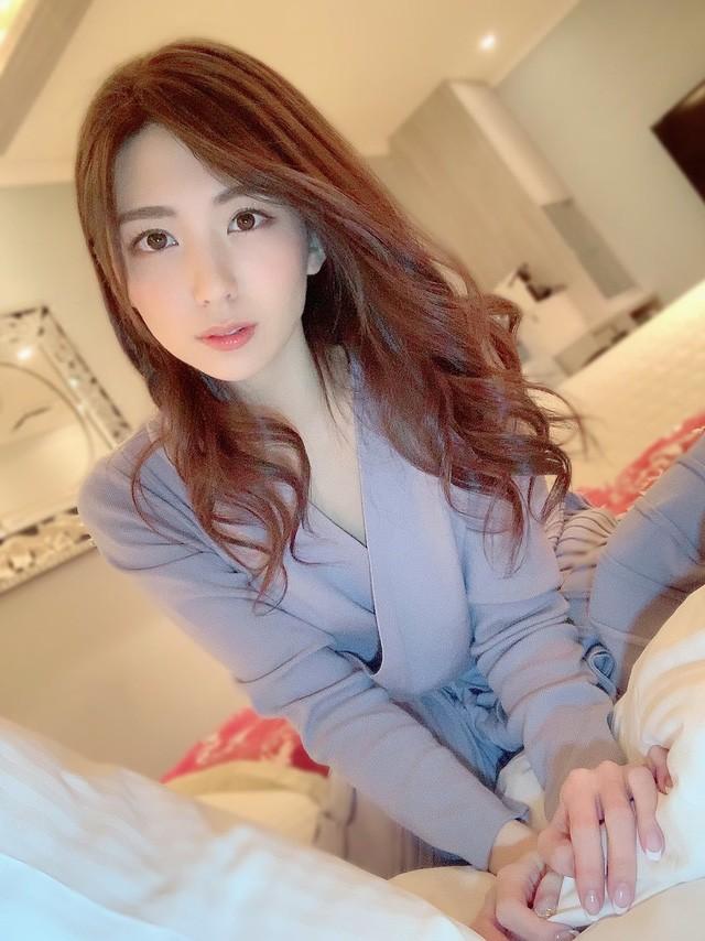 Ngắm nhan sắc thanh tú của Aika Yamagishi, mỹ nhân được mệnh danh Suzy Nhật Bản - Ảnh 1.