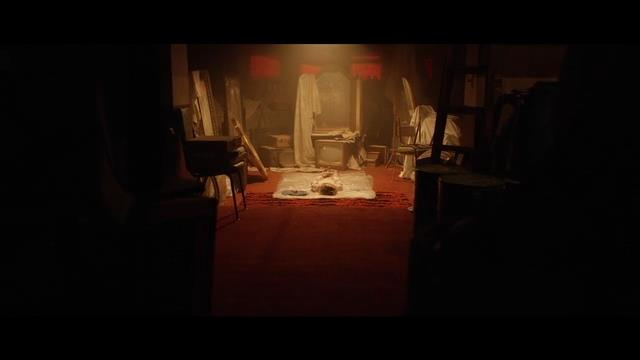 Hầm Quỷ - cơn ác mộng kinh hoàng từ những chiếc gương sẽ khiến người xem lạnh gáy vì sợ - Ảnh 3.