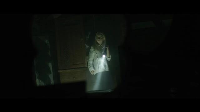 Hầm Quỷ - cơn ác mộng kinh hoàng từ những chiếc gương sẽ khiến người xem lạnh gáy vì sợ - Ảnh 5.