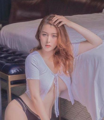 Bất chấp chỉ trích, nàng hot girl 18 tuổi Sài thành vẫn theo đuổi gu ăn mặc gợi cảm: Thích thì mặc miễn là không ảnh hưởng tới ai - Ảnh 3.