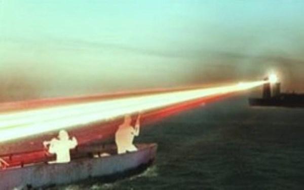 Những loại vũ khí đăc biệt được dùng để đối phó với cướp biển thời hiện đại - Ảnh 2.