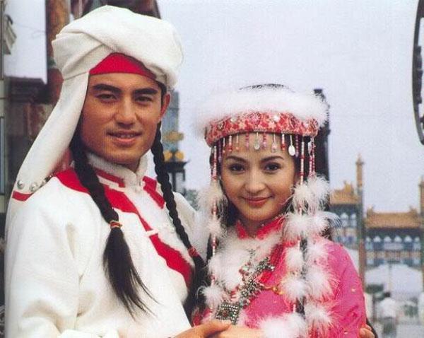 Sự thật sau mùi thơm 'quyến rũ' trong truyền thuyết của công chúa Hàm Hương sẽ khiến tuổi thơ nát vụn - Ảnh 1.