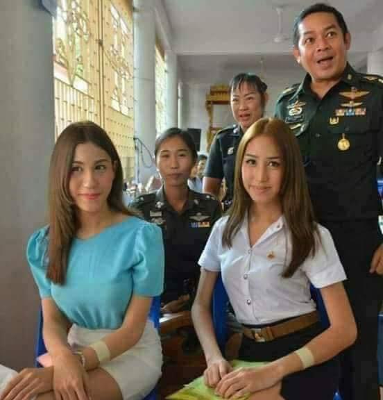 Loạt hình các người đẹp chuyển giới Thái Lan sẵn sàng nhập nghĩa vụ quân sự - Ảnh 14.