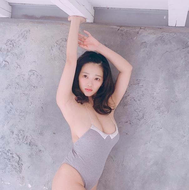 Cặp đôi Nấm lùn Nhật Bản cao chỉ tầm mét rưỡi vẫn gây chú ý vì quá xinh và bốc lửa - Ảnh 5.