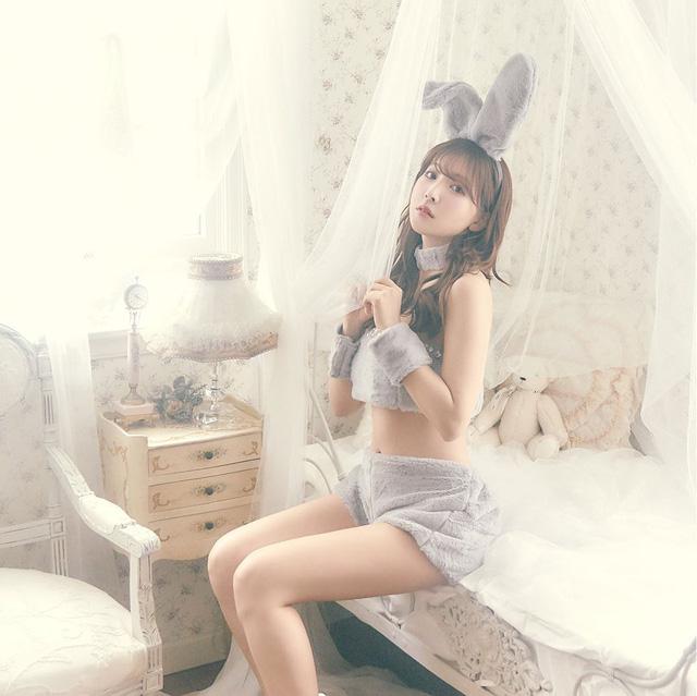 Thiên thần 18+ Yua Mikami tiếp tục khai trương nhãn hiệu thời trang mới, kêu gọi fan ủng hộ idol - Ảnh 1.