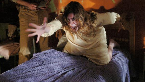 Những bộ phim rùng rợn về đề tài ác quỷ nhân danh người nhà - Ảnh 4.