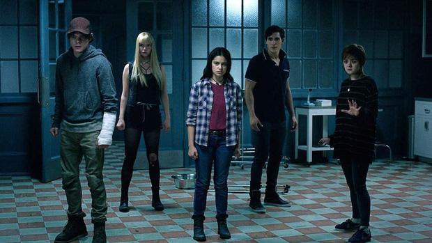 Tưởng bom tấn hầm hố thế nào, 6 phim này cũng chỉ là bom xịt của năm: Mulan, Tenet và quái nữ Harley Quinn đều bị triệu hồi! - Ảnh 7.