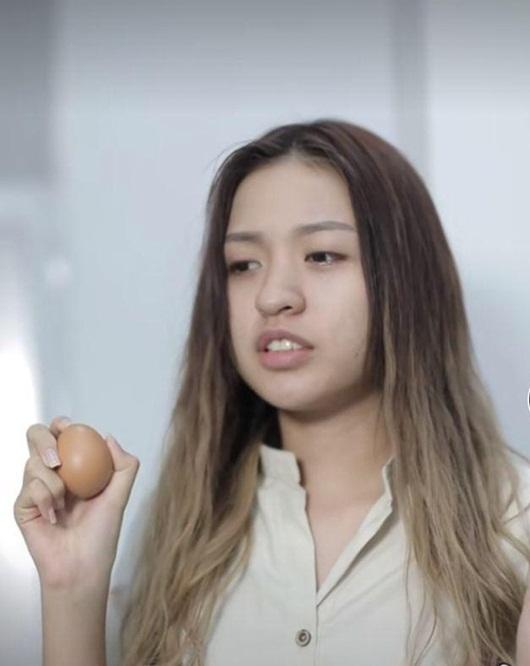 Hot girl bắp cần bơ khiến dân mạng quan ngại sâu sắc nếu lộ mặt mộc ở The Face - Ảnh 8.