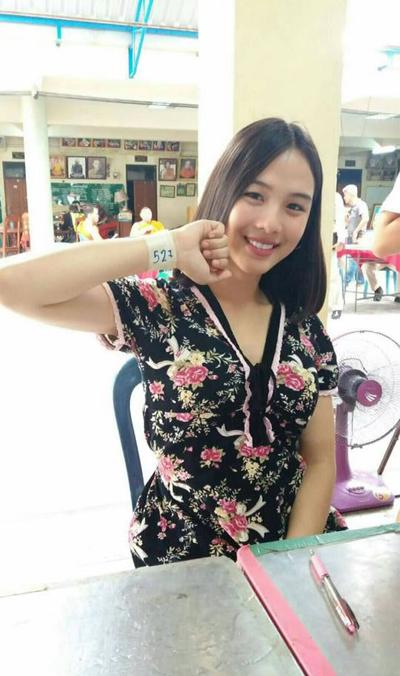 Hot girl trà sữa Thái Lan khiến dân mạng xao xuyến dù bản thân không giấu diếm chuyện chuyển giới - Ảnh 4.
