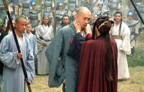 """2 mối """"tư tình"""" đi ngược luân thường đạo lý, chấn động võ lâm Trung Nguyên trong phim chưởng Kim Dung"""