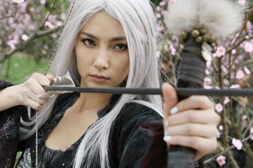 Loạt mỹ nhân Hoa ngữ đọ độ quyến rũ trong tạo hình tóc trắng - Ảnh 1.